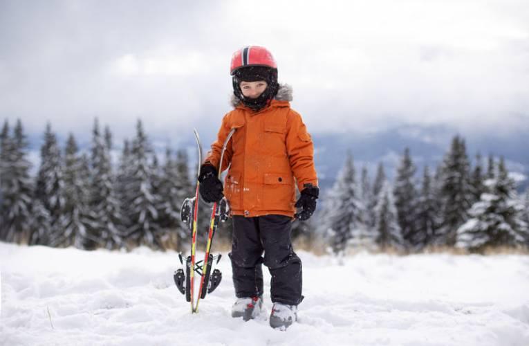 Wyjazd na narty- jaka długość nart dla dziecka będzie odpowiednia?
